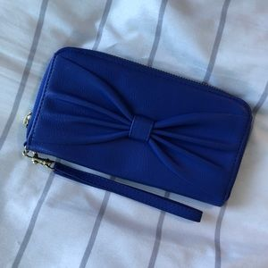 royal blue bow clutch